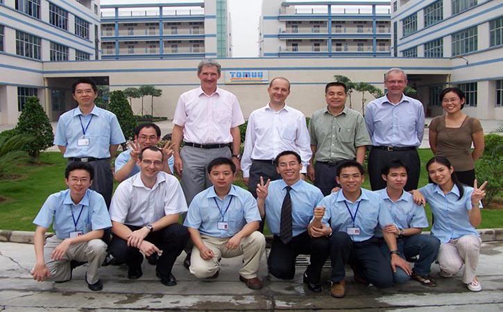 翰万电动推杆厂家与英国TOMUU公司成功合作